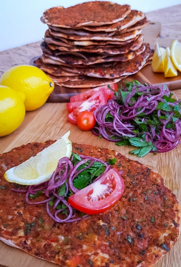 Lahmacun- turkisk pizza 23-26 st./2-3 h