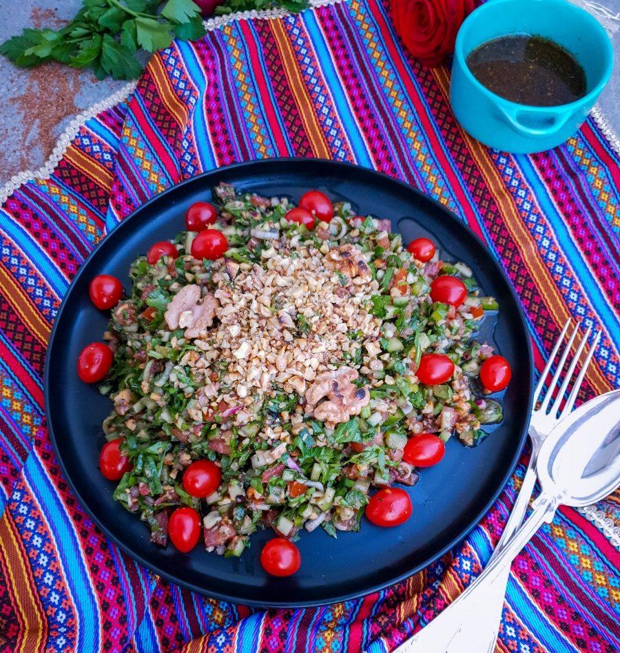 Turkisk valnötssallad, Gavurdağ salatas, 15 min, 4 portioner
